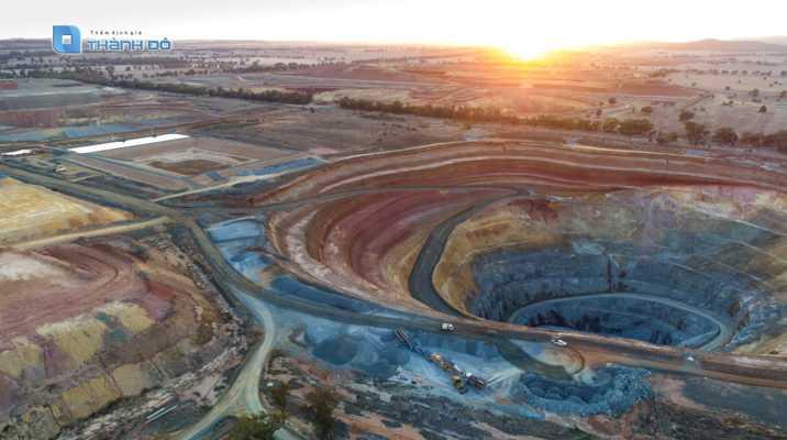 Định giá mỏ khoáng sản
